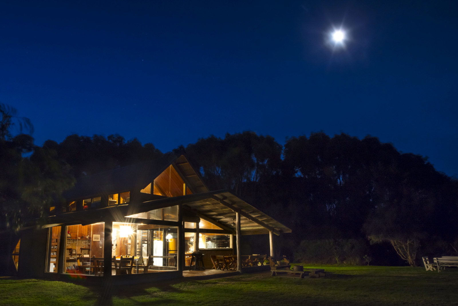 Wirrega barn accommodation at night